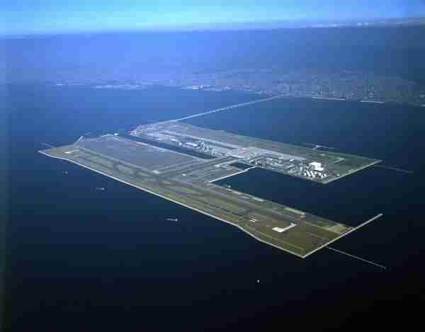Διεθνές αεροδρόμιο Kansai, Ιαπωνία
