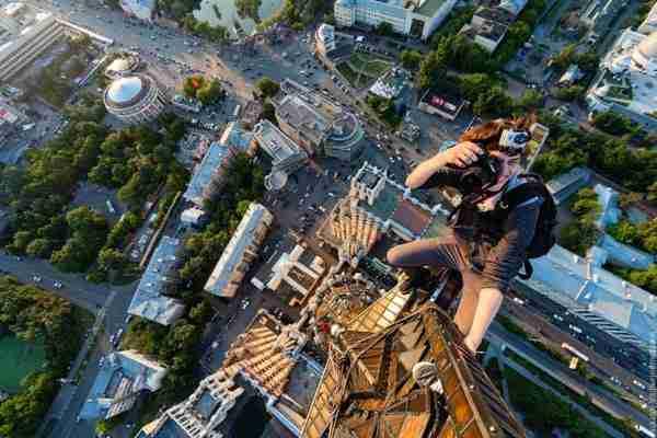 Η καρδιά σταματάει με τις φωτογραφίες των Ρώσων Skywalkers