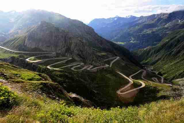Πέρασμα Gotthard,  Άλπεις, ο δρόμος από την Ιταλία προς την Ελβετία