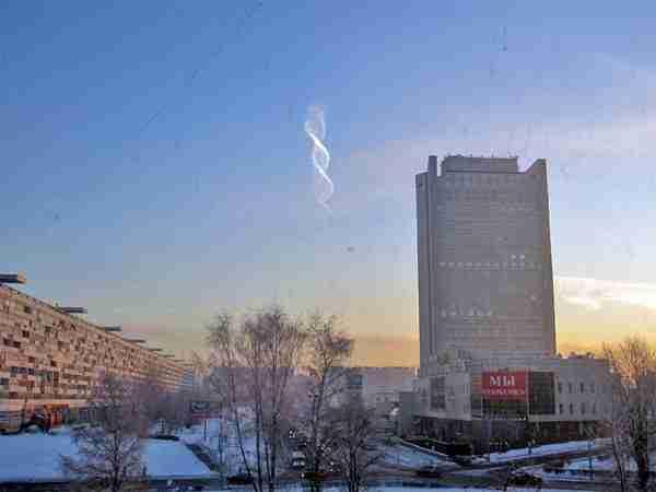Σύννεφο που μοιάζει με έλικας πάνω από τη Μόσχα