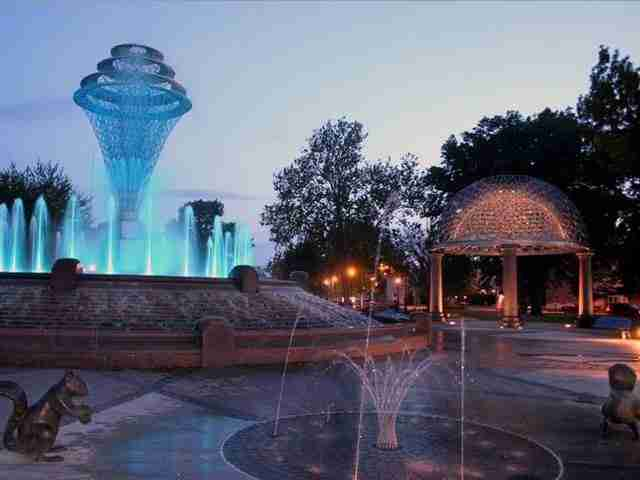 Bayliss Park Fountain – Council Bluffs, Iowa, USA2