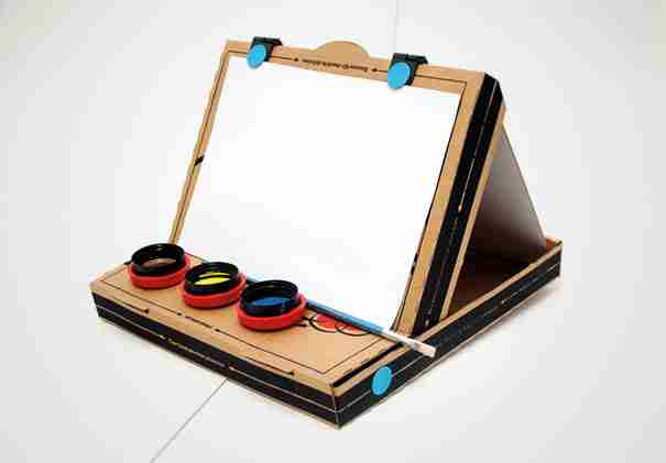 Pizza Box Easel