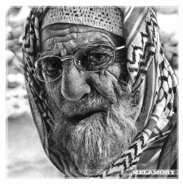 """Τα """"αληθινά"""" πορτραίτα από μολύβι της FairyARTos"""