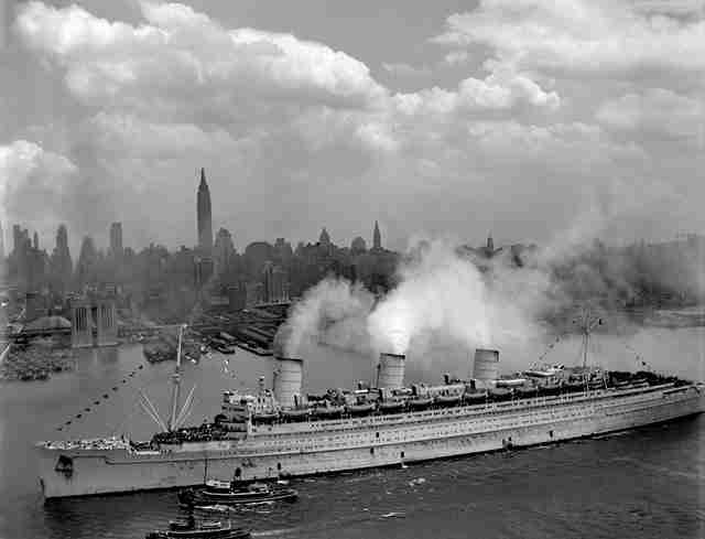 """Το πλοίο """"Queen Mary"""""""