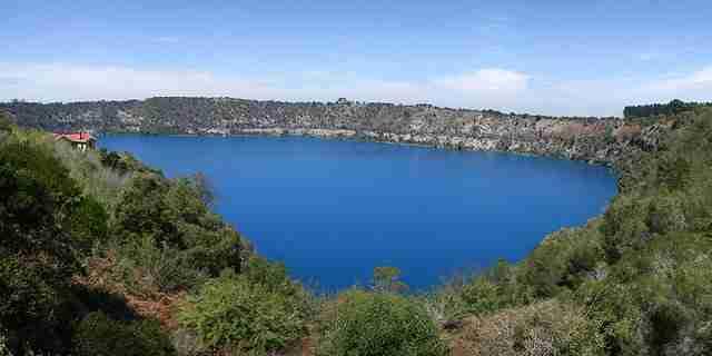Blue-Lake-Mount-Gambier-Australia