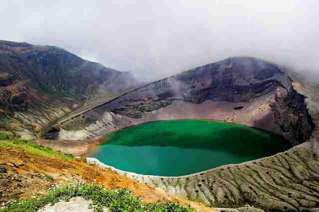 The-Okama-Crater-Lake-at-Mount-Zaō-Japan