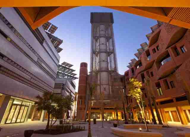 Μasdar City, η πόλη του μέλλοντος στη μέση της ερήμου