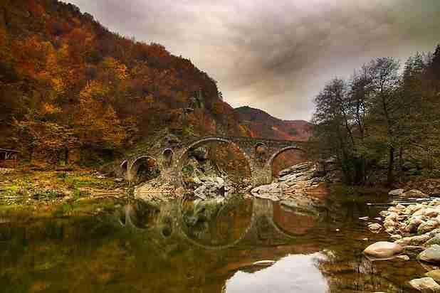 6 παράδοξες «γέφυρες του Διαβόλου»!