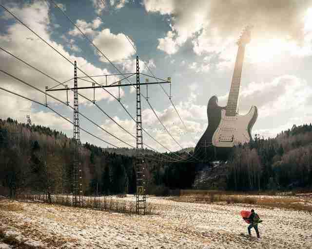 Οι φωτογραφίες του Erik Johansson κάνουν «το αδύνατο να μοιάζει δυνατό»