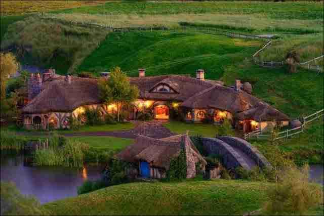 Hobbiton Green Dragon Pub, New Zealand