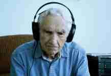 Το συγκινητικό τραγούδι του 96χρονου για την νεκρή γυναίκα του