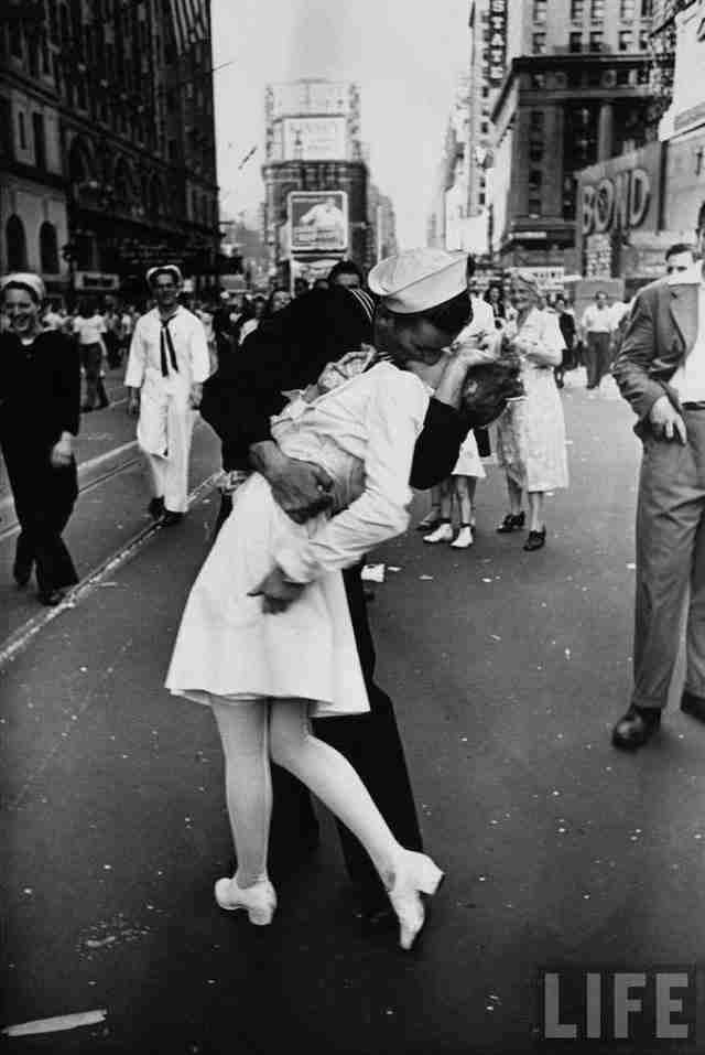 Οι 10 πιο διάσημες φωτογραφίες της δεκαετίας του 1940