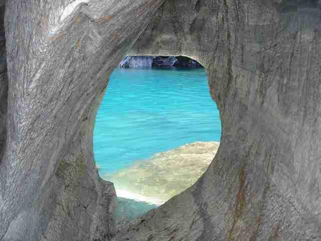 Υπέροχες σπηλιές από μάρμαρο στην Παταγονία