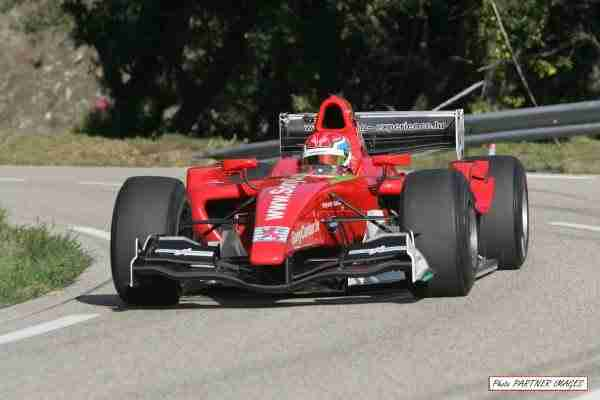 Συναρπαστικά Onboard πλάνα αγώνα του GP2