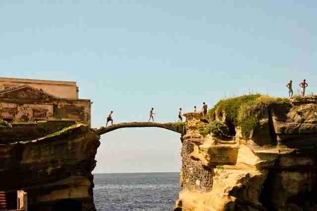 dinfo.gr - Το καταραμένο νησί Gaiola στην Ιταλία