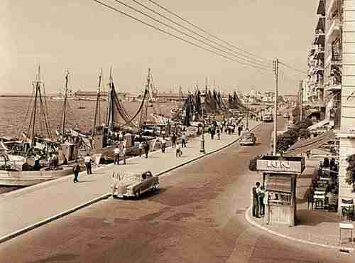 dinfo.gr - Η παλιά θεσσαλονίκη σε ένα νοσταλγικό βίντεο