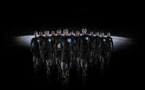 dinfo.gr - Η απόλυτη ποδοσφαιρική ομάδα στον κόσμο εναντίον Εξωγήινων