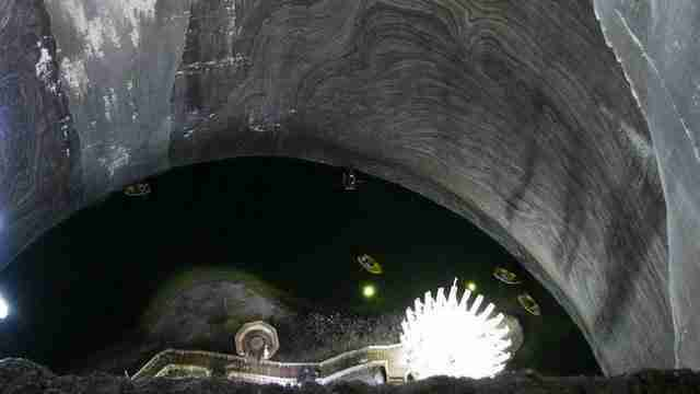 dinfo.gr - Παλιό αλατωρυχείο μετατρέπεται στο πιο βαθύ μουσείο στον κόσμο