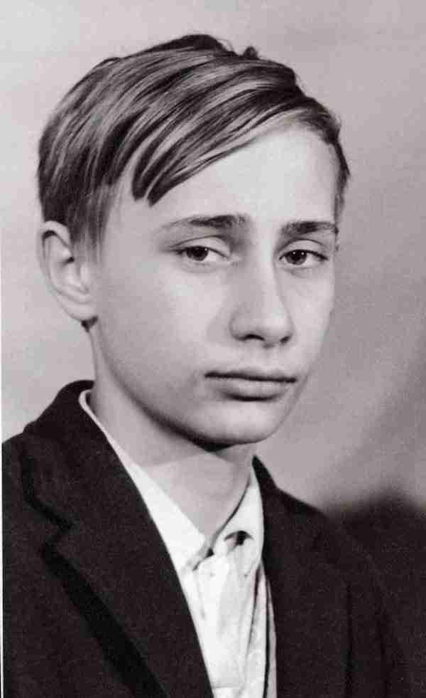 dinfo.gr - Δείτε πως ήταν 30 διάσημοι άνθρωποι όταν ήταν νέοι!