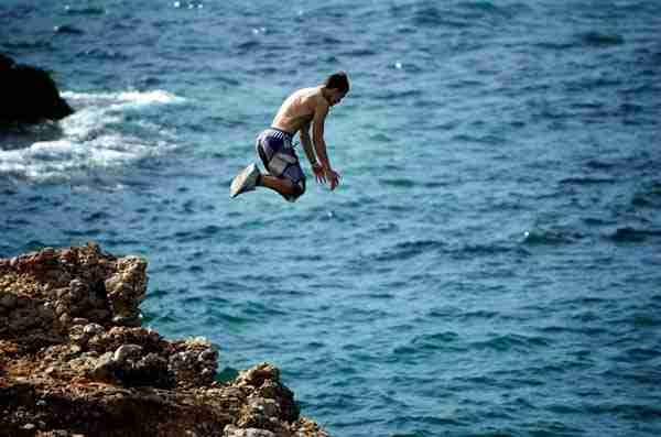 dinfo.gr - Τα 30 πράγματα για τα οποία μετανιώνουν περισσότερο όσοι πεθαίνουν!