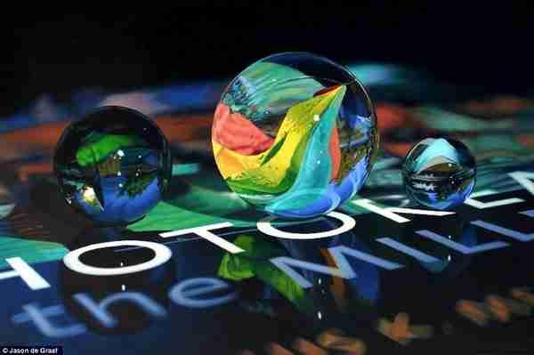 "dinfo.gr - Η πιο ""αληθινή"" ζωγραφική που έχετε δει!"