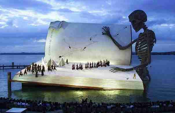 dinfo.gr - Tα πιο θεαματικά θέατρα του κόσμου!