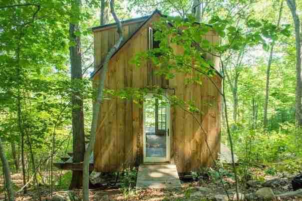 Έφτιαξε το σπίτι των ονείρων του με 4.000 δολάρια σε 6 μόλις εβδομάδες!