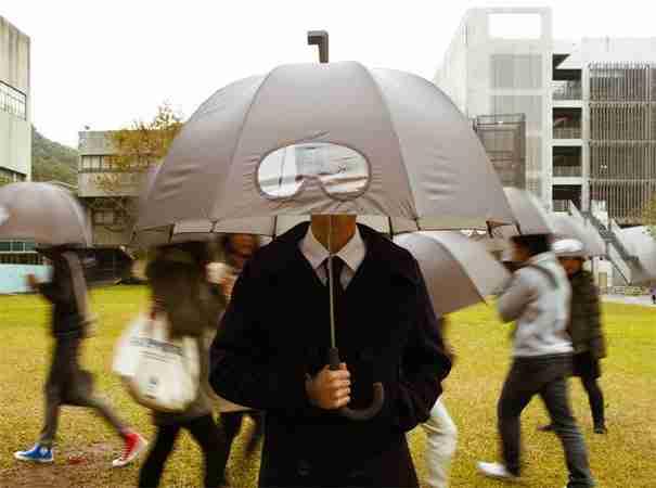 20 μοναδικές ομπρέλες που θα κάνουν τις βροχερές μέρες λίγο πιο διασκεδαστικές