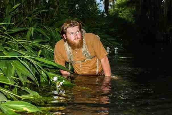 Οι φωτογραφίες του εκπληκτικές, συνεργάζεται με το National Geographic αλλά είναι.. άστεγος!