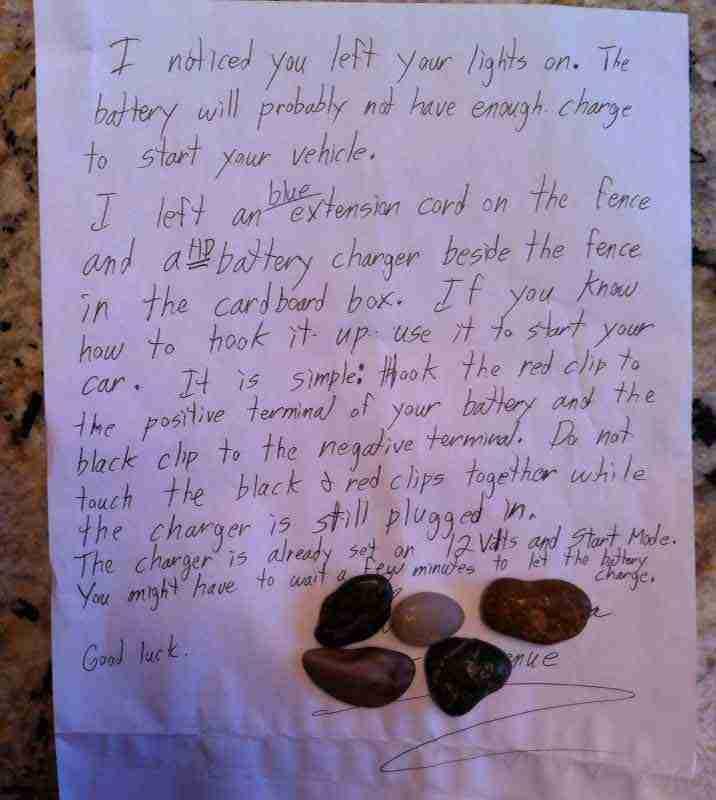 Το σημείωμα που βρήκε αυτός ο φοιτητής στο αυτοκίνητο του θα τονώσει τη πίστη σας στην ανθρωπότητα