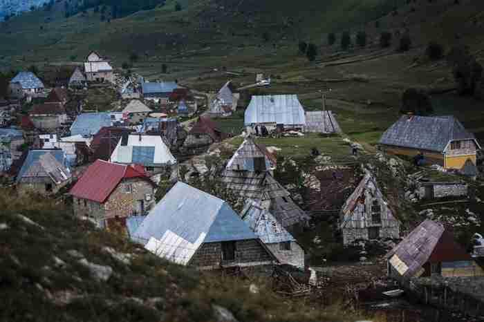 20 από τα πιο απομακρυσμένα κτίρια, χωριά και πόλεις στον κόσμο