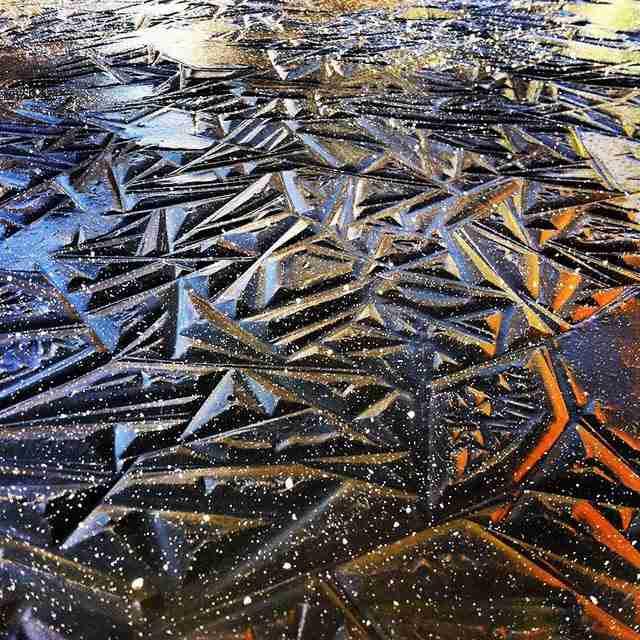 Σχήματα στον πάγο, λίμνη στο Όρεγκον, ΗΠΑ