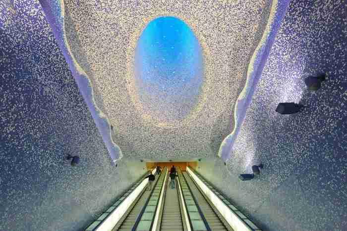 Ο σταθμός του μετρό, Νάπολη, Ιταλία