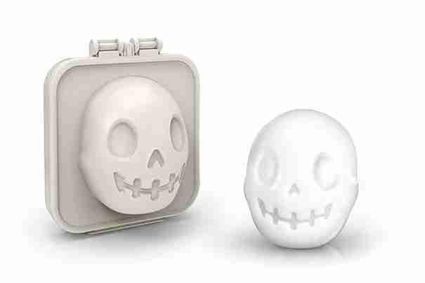 21. Η συσκευή που κάνει τα αυγά να μοιάζουν με νεκροκεφαλές