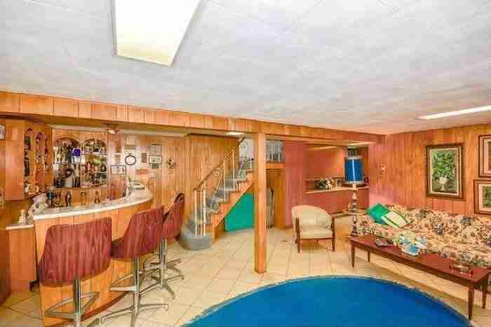 Κανείς δεν έχει μπει μέσα σε αυτό το σπίτι από το 1956. Όταν το δείτε.. Απίστευτο!
