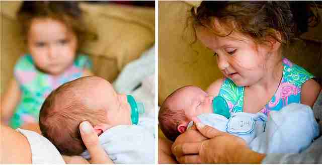 22 φωτογραφίες με παιδιά που βλέπουν τα μωρά αδελφάκια τους για πρώτη φορά!