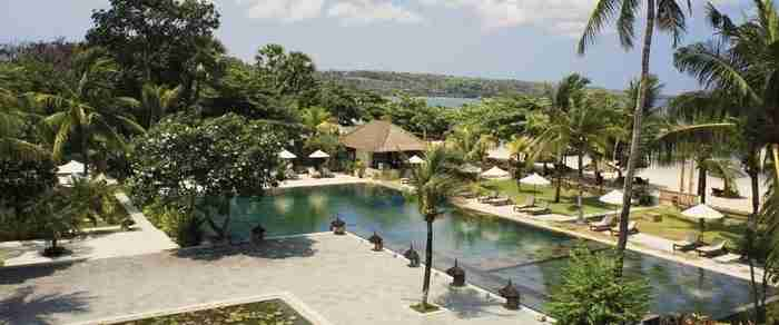 Πισίνα στο θέρετρο Jimbaran Puri Belmond στο Μπαλί, Ινδονησία