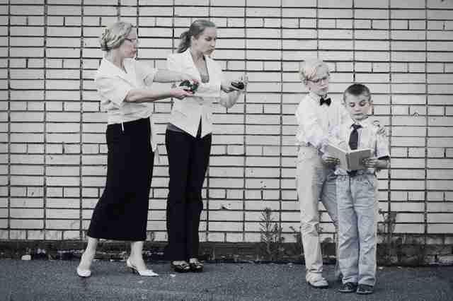 Η άλλη πλευρά της μητρικής αγάπης μέσα από φωτογραφίες που θα σας βάλουν σε σκέψεις.
