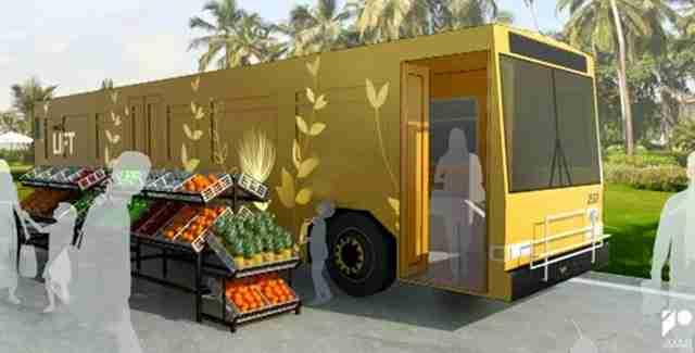 Μετατρέπουν τα παλιά λεωφορεία σε κινητά καταφύγια για τους άστεγους!