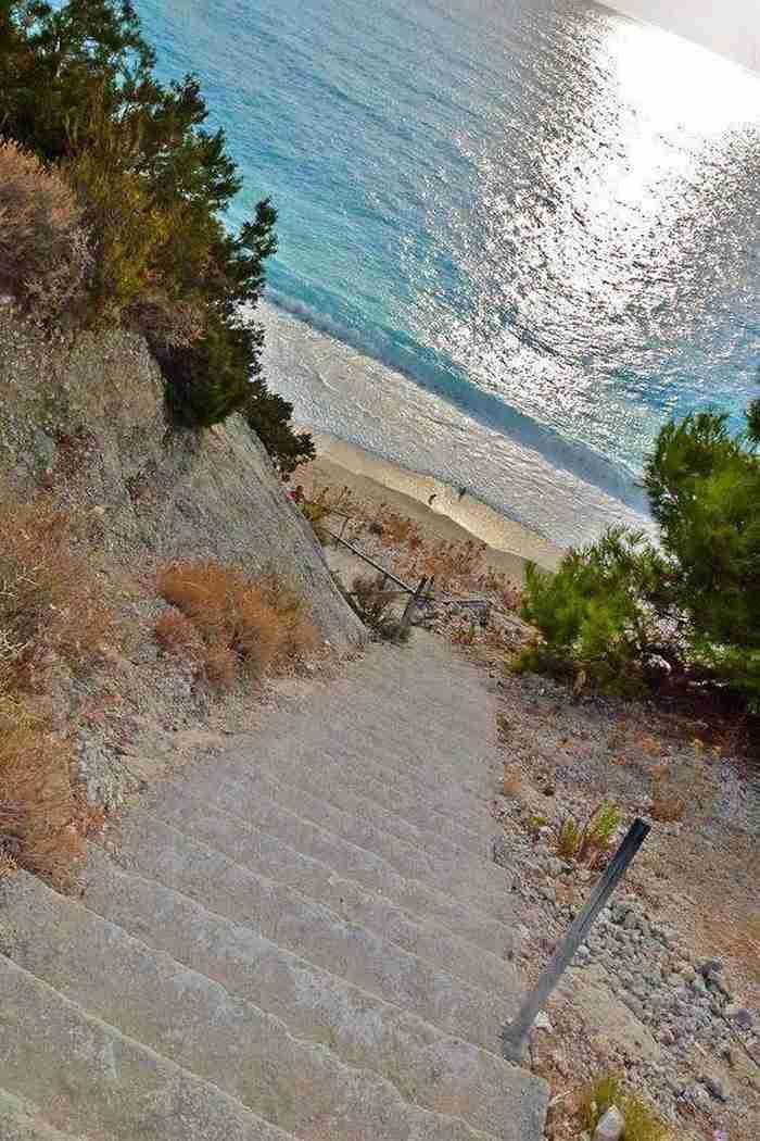 Λευκάδα - Παραλία Εγκρεμνοί
