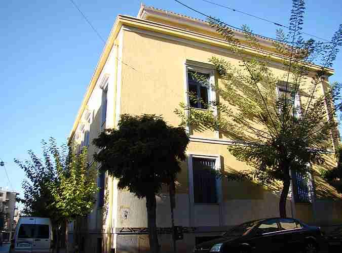 Η πρεσβεία που… πυροβολήθηκε: