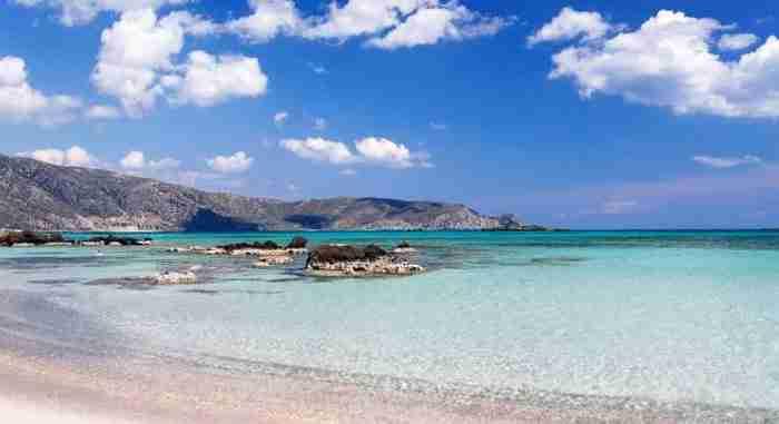 2.  Ελαφονήσι, Κρήτη.