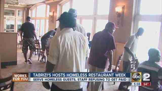 Ένα εστιατόριο κλείνει για 5 ημέρες για να προσφέρει φαγητό μόνο σε άστεγους!