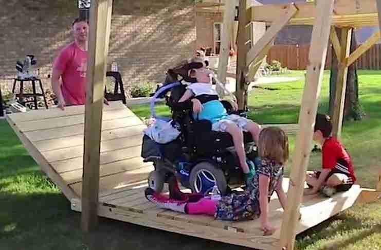 Ένας μπαμπάς κατασκεύασε κάτι υπέροχο για τη μικρή ανάπηρη κόρη του!
