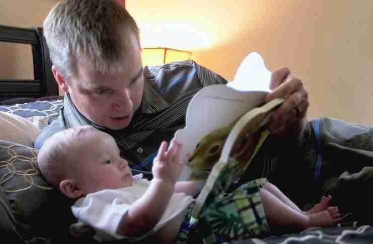 Ένα βίντεο αφιερωμένο στην αγάπη του πατέρα για το παιδί του…