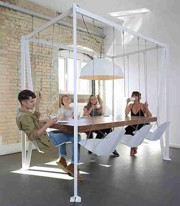 Αγοράστε αιωρούμενες καρέκλες..