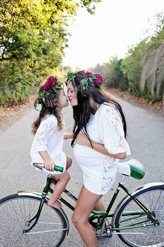 Όπως η μαμά, έτσι και η κόρη! 25 αξιολάτρευτες φωτογραφίες μαμάδων με τις μικρές τους κόρες!