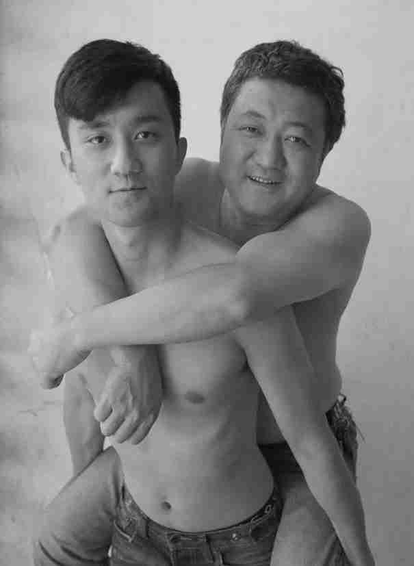 Μπαμπάς - γιος, 2013
