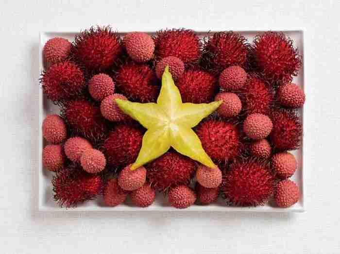Εθνικές σημαίες δημιουργημένες από τα παραδοσιακά τρόφιμα κάθε χώρας