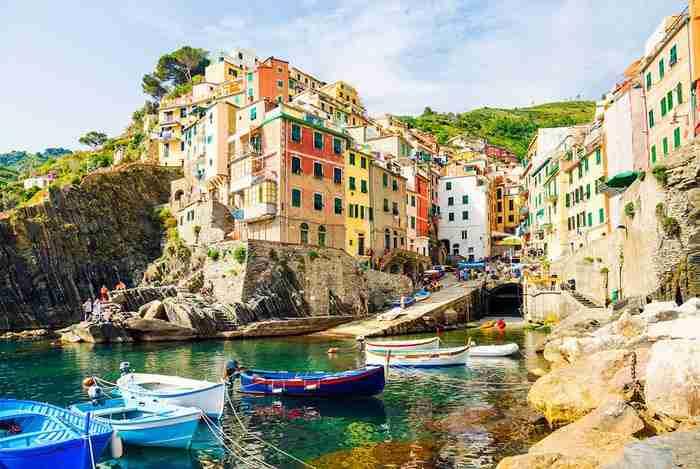 Ξεχάστε το Μιλάνο και τη Ρώμη ! Γνωρίστε 10+4 κουκλίστικες πόλεις της Ιταλίας που θα σας κλέψουν την καρδιά